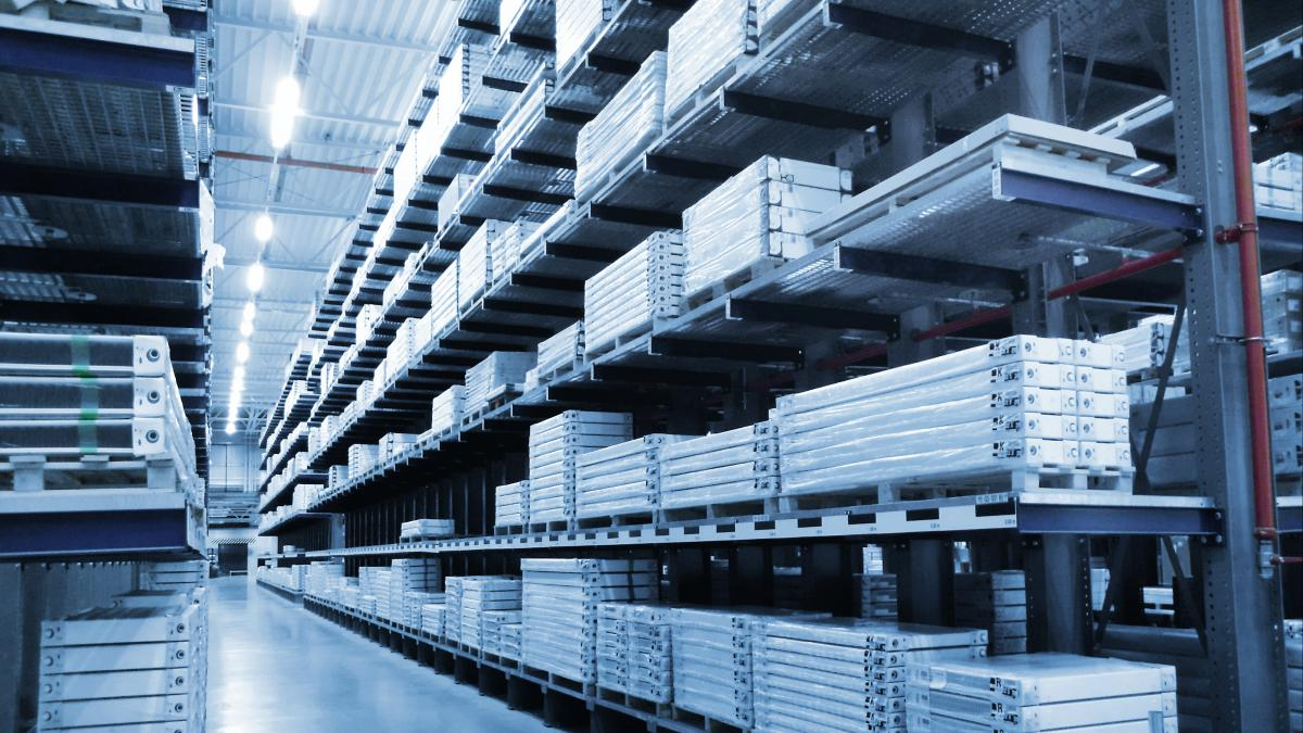 Pallettenlager mit Warehouse Management Software viadat bei Elmer, Handel