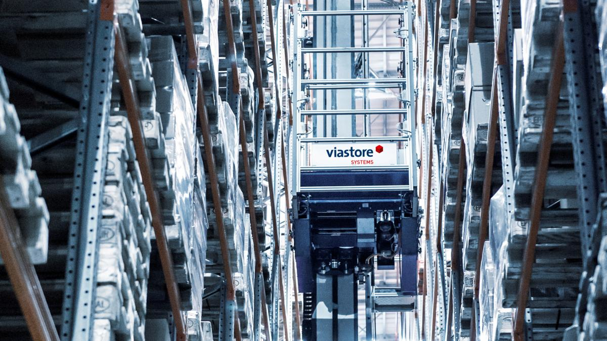 Automatic pallet warehouse from viastore at Dermofarm, Pharmaceutical Industry